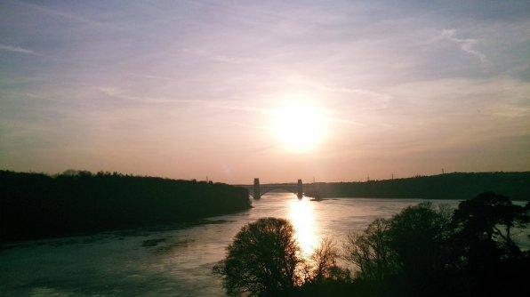 Menai_Bridge_Caernarfon_136