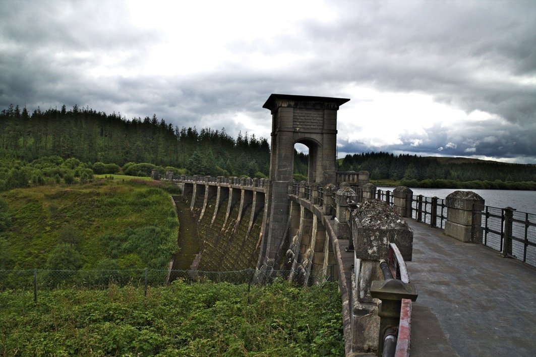 Walk or Mountain BIke around the Alwen Reservoir Trail