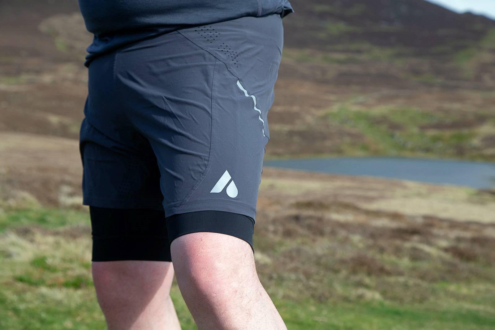 Aussie Grit Apparel Flint Running Long Sleeve Top and Shorts Review ... 926d7649b