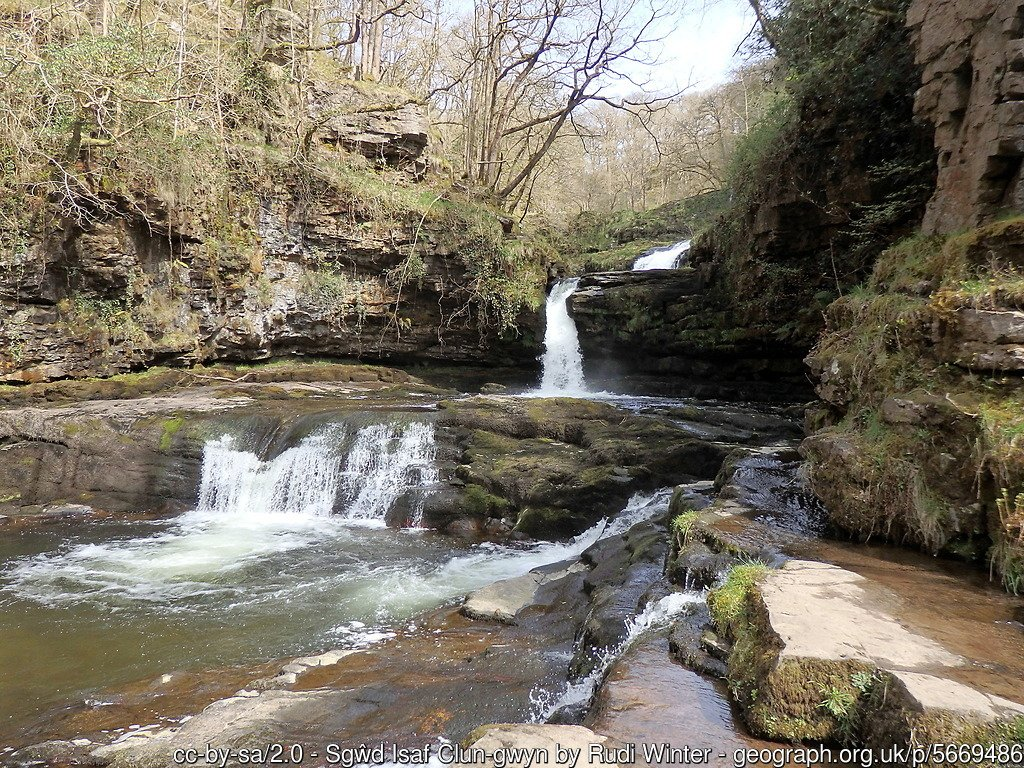 Brecon Beacons Waterfall Country Walk- Four Falls Trail to Sgwd yr Eira and Sgŵd Isaf Clun-gwyn