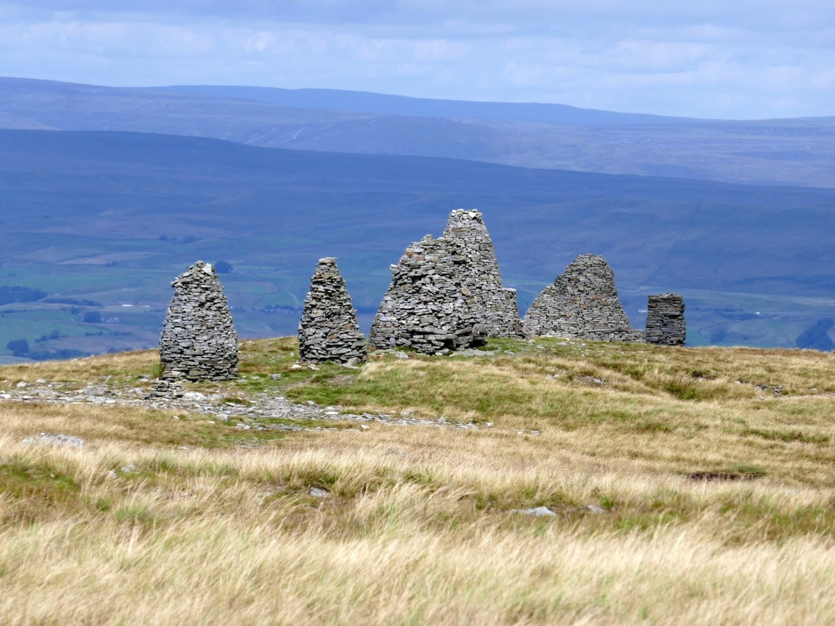 Walk up Nine Standards Rigg from Kirkby Stephen