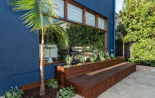 Bar Beach - Urban Oasis - In bench storage and sitting area