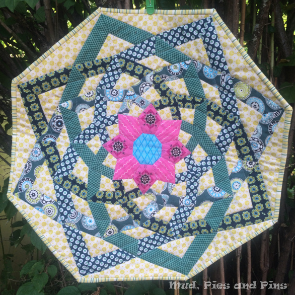 EPP Octagonal mini quilt | Mud, Pies and Pins