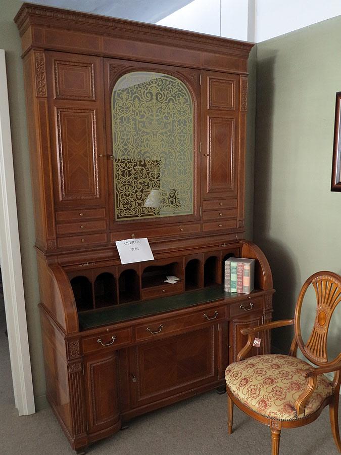Mueble canterano en madera de nogal  Muebles Arribas