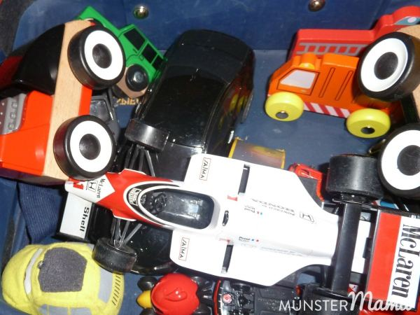 Und seine Spielzeugautos werden sowohl einzeln, als auch in ihrer Gesamtheit gerne abgelichtet.