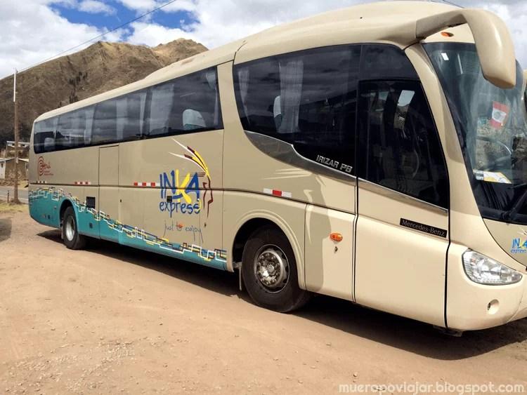 Bus turístico que nos llevo en el trayecto