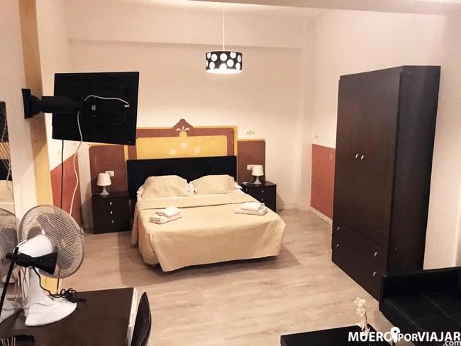 La gran habitación del Hotel Horizonte en Santa cruz de Tenerife