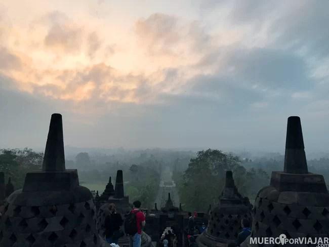 Los colores del amanecer junto con la niebla nos dejó un paisaje precioso