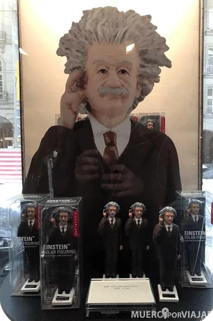 Hay mucho merchandising relativo a Einstein en la ciudad