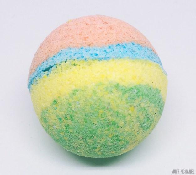 MuffinChanel DIY Bath Bomb LUSH recipe bath bombs essential oils ingredients sex bomb the experimenter rainbow