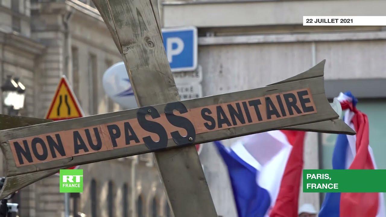 Paris : nouvelle manifestation contre l'extension du pass sanitaire