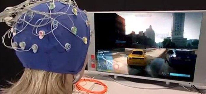 beyin bilgisayar arayüzü ile araba yarışı
