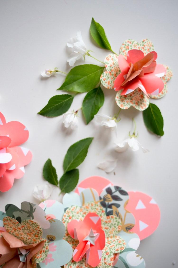 Kukkahattu / Muita ihania