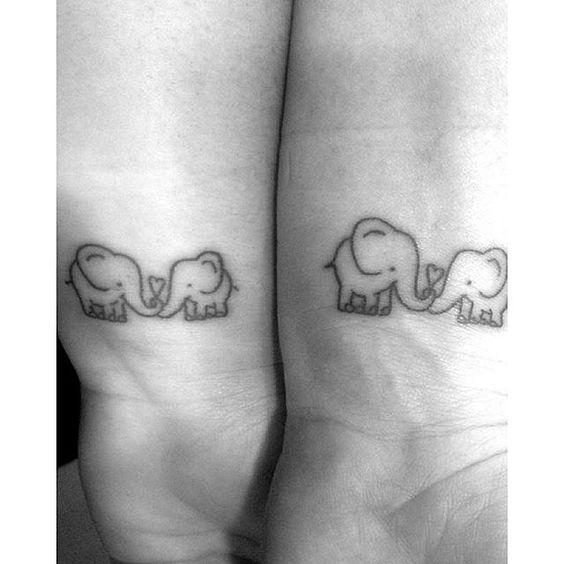 15 Hermosos Tatuajes Para Mamá E Hija Que Te Llegarán Al Corazón