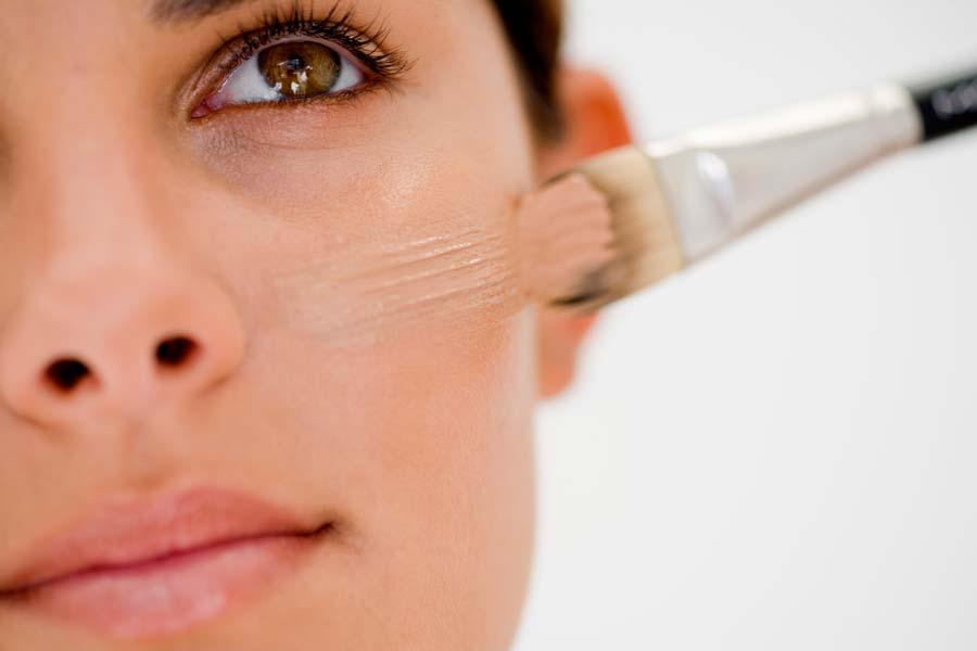 lo que debes de saber antes de maquillarte si tienes la piel grasalo que debes de saber antes de maquillarte si tienes la piel grasa