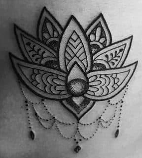 Significados De Tatuajes En Las Costillas Diseños Para Chicas Atrevidas