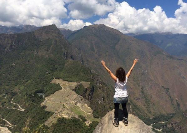 Vicky vistas desde Waynapicchu