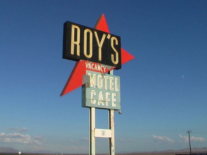 Roys_Motel_Cafe_sign