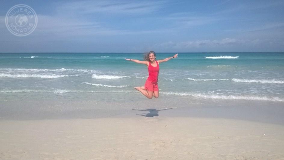 En una de las paradisíacas playas de Varadero.