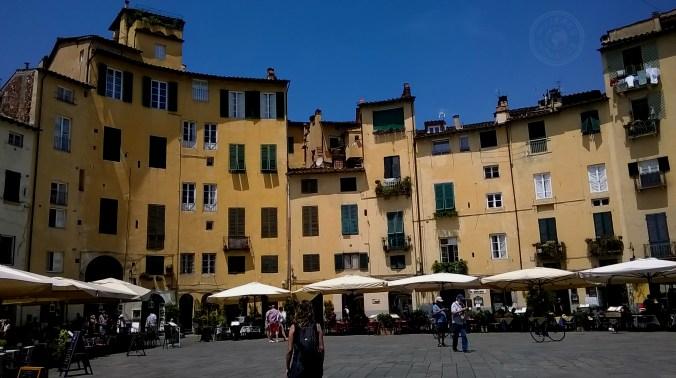 Plaza del Anfiteatro. Lucca.