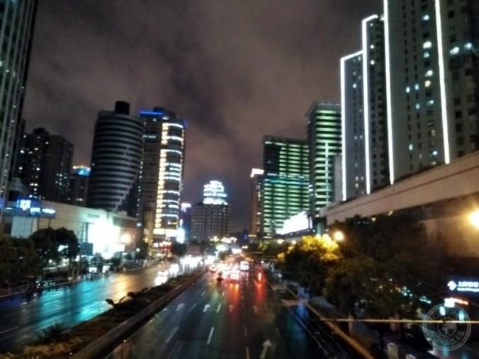 Shanghái de noche.
