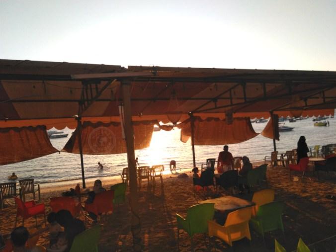Una de las zonas de playa en Áqaba.