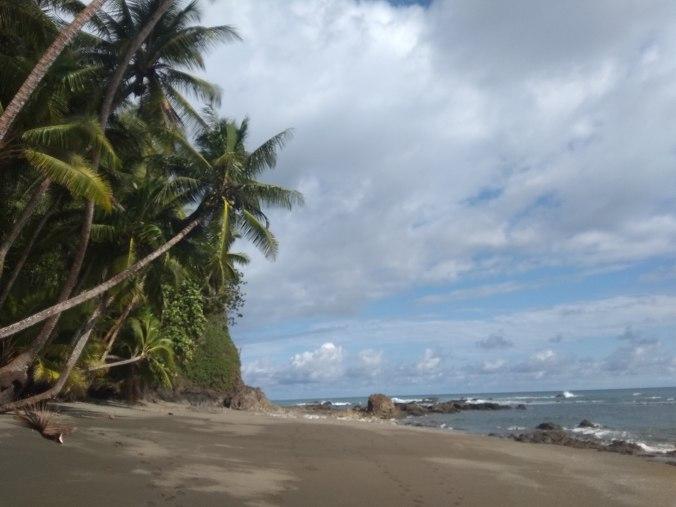 Bonita vista del mar en Montezuma. Costa Rica.