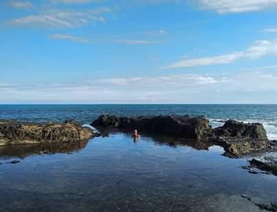 En las piscinas naturales en Montezuma. Costa Rica.