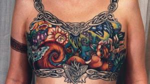 Tatuaje tras la extirpación de las mamas