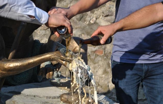 У замку Паланок відкрили скульптуру кельта (ФОТО, ВІДЕО)