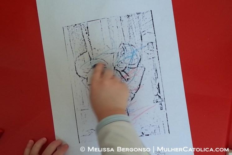 Agora sim, pintando sozinho! Do jeito de uma criança de dois anos né... hehe...