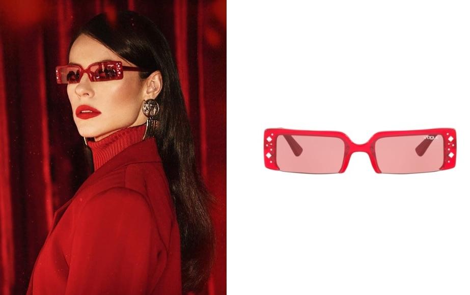 Óculos Vermelho de Vivi Guedes