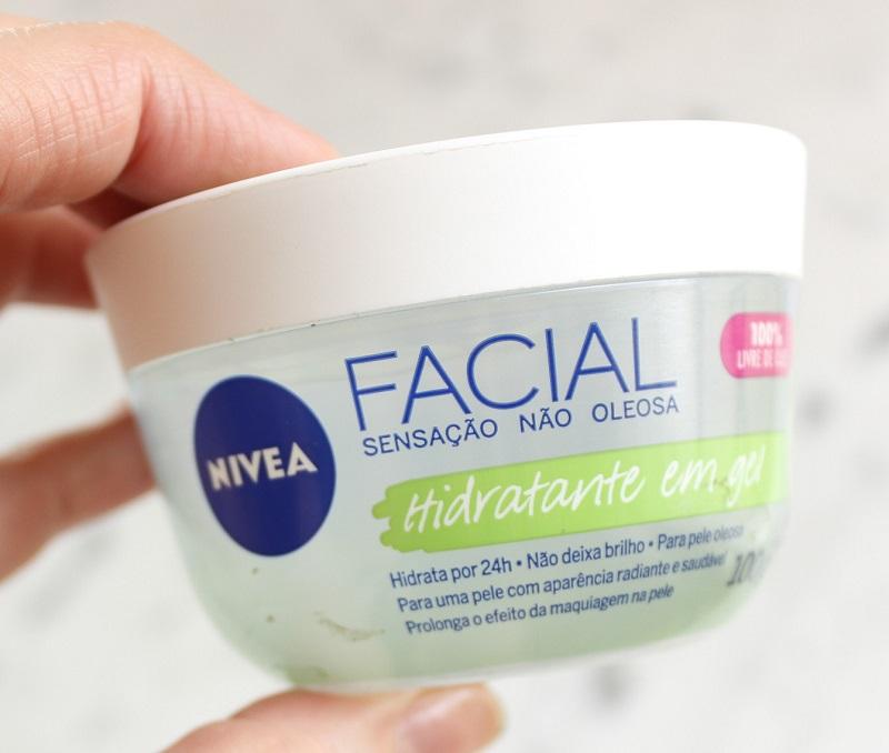 Nivea Hidratante em Gel com ácido hialurônico e pepino resenha na pele oleosa