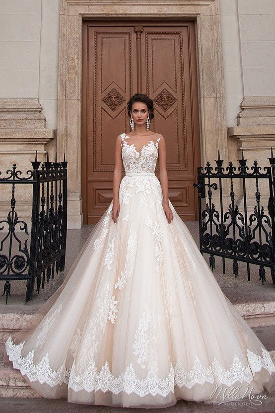 a83850ae13d946966d12a26995e2489e--bateau-wedding-dress-wedding-dressses