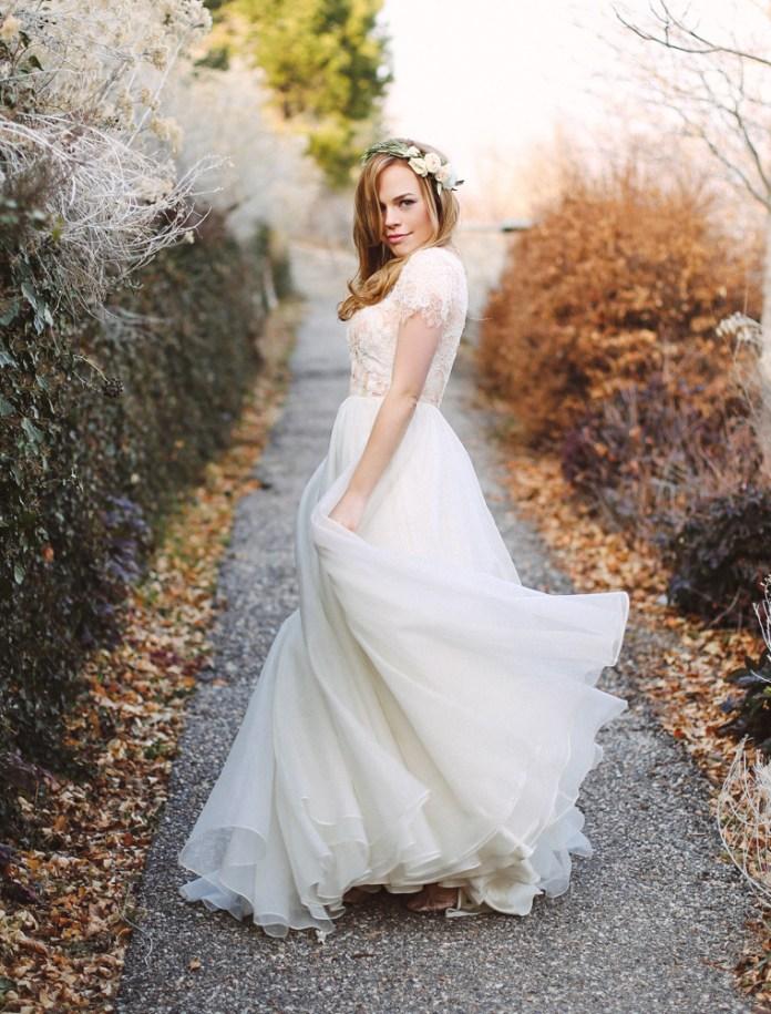 modest-wedding-dress-flowy-skirt