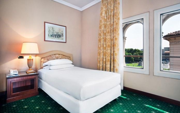 room-single-hotel-internazionale-bologna-01