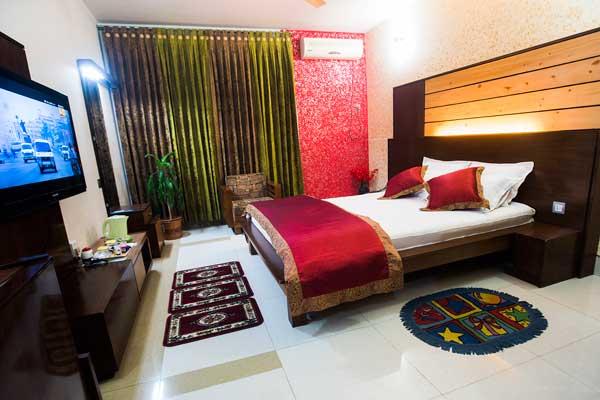 tiger-garden-hotel-sd-couple-room-2