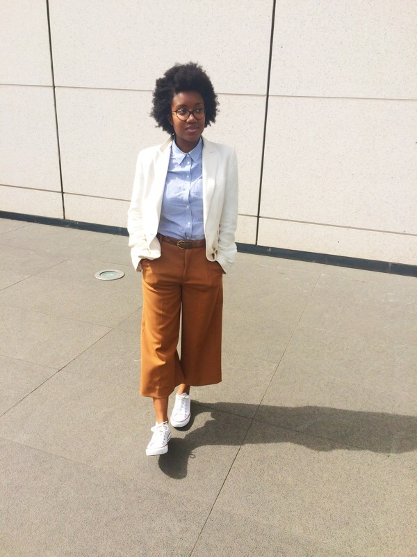 <!--:fr-->COMMENT PORTER LA JUPE CULOTTE AU TRAVAIL ? <!--:--><!--:en-->HOW TO WEAR CULOTTES AT WORK ? <!--:-->