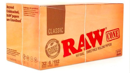 RAW rolling papers box