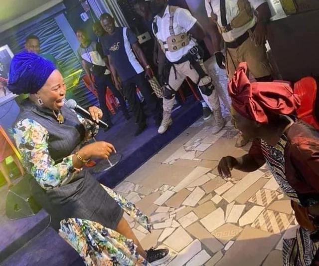 Gospel Minister Tope Alabi Finally Apologize