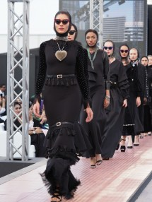 Dubai Modest Fashion Week Draws