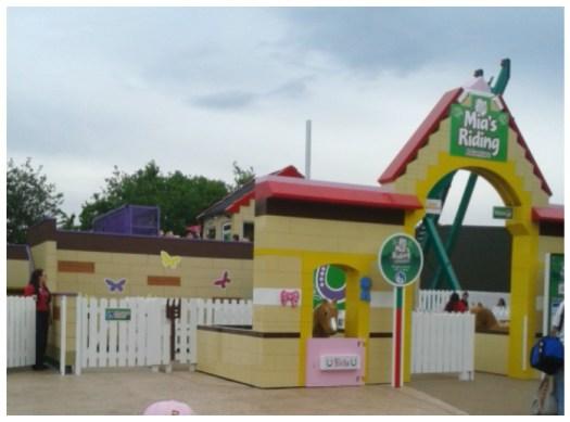Mia's Riding School Lego Friends Heartlake City Legoland Windsor