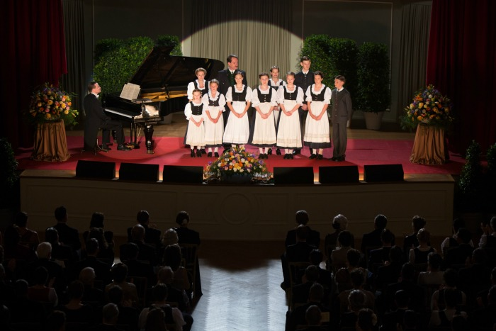 The Von Trapp Family A Life of Music Von Trapps Singing