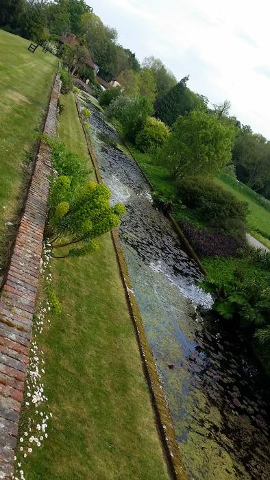 Loseley Park moat