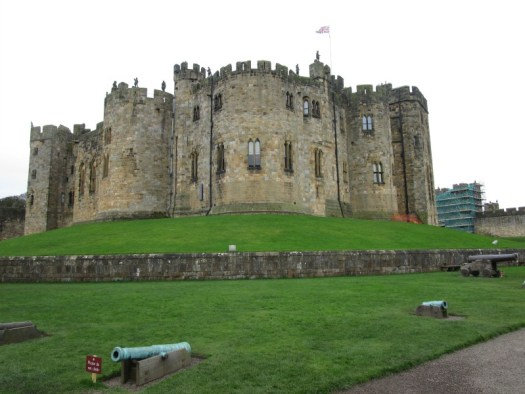 Alnwick Castle state rooms from outside