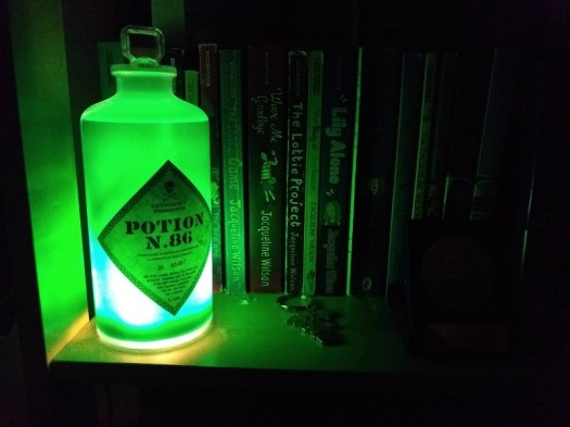 Harry Potter Potion no 86 colour light in green