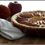 Crostata di mele, nocciole e cannella