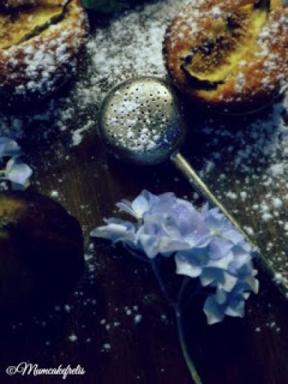 Ricetta delle Tartellette frangipane alla composta di cetriolo, tartellette con marmellata di fichi e crema frangipane per Re-cake 2.0 , Bakewell fig tart, Tartellette con confettura e frangipane, Bakewell Tart Recipe