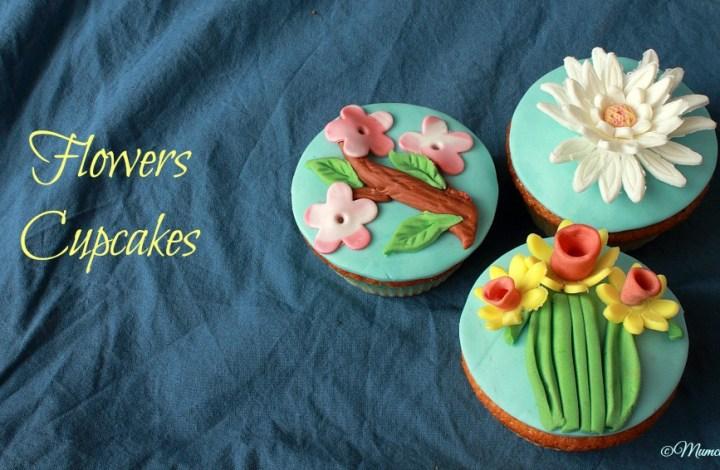 Cupcakes fioriti in pasta di zucchero