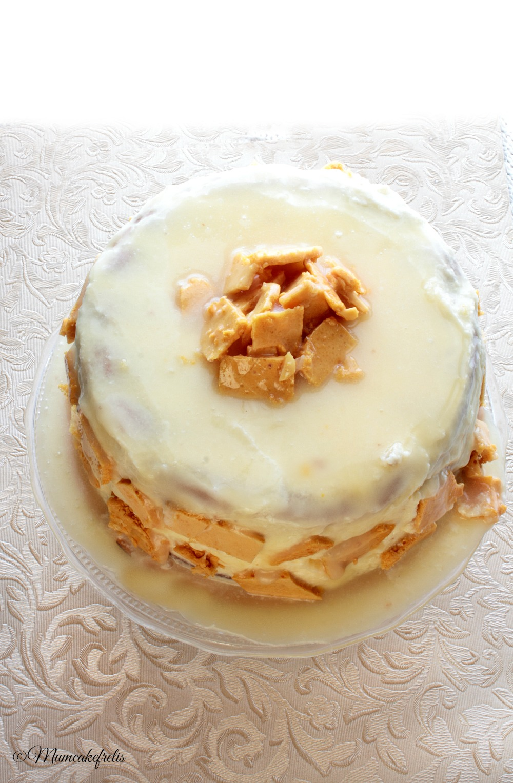 honey & cardamom sponge cake